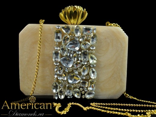 Areeba Clutch - Mother Of Pearl In Silver